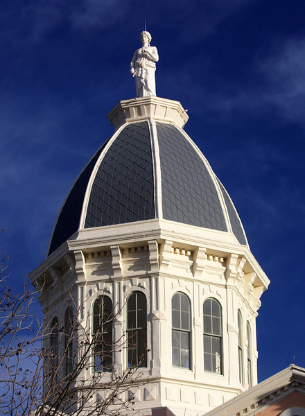 We pass through Marfa.  This is its courthouse dome.