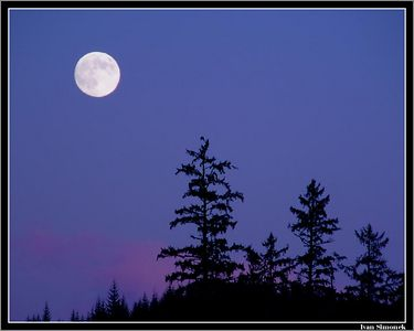 """FULL MOON OVER ALASKA"", Wrangell, Alaska, USA.-----""UPLNEK NAD ALJASKOU""."