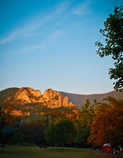 susnet over Seneca Rocks, WV