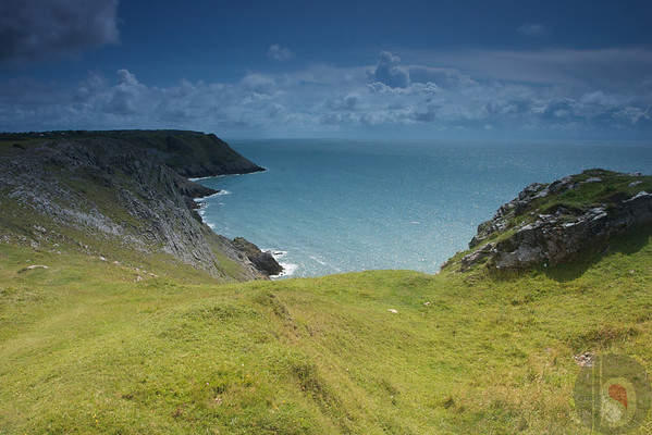 Tracking to Three cliff Bay - Gower - South Wales : UK
