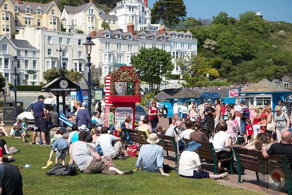 Hot summer day - Llandudno : North Wales UK