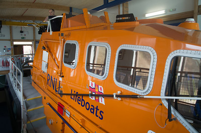 Lifeboat statiion Porthdinllaen.  28 rescues a year.  Cost 3 million pounds for lifeboat, 11 million pounds for station including lifeboat.  They take sea rescue seriously in UK.  All from donations - no government money.