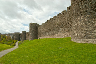South wall and Mill Gate, Conwy