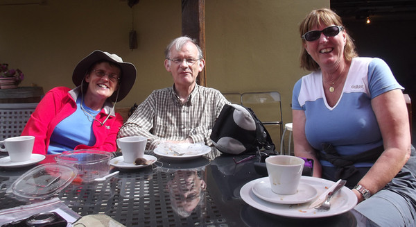 One of the rare occasions when the 'roadie' and the real Camino walkers chose the same caff for morning coffee....