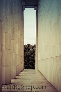 The exterior columns of the Lincoln Memorial