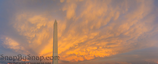Panorama of the Washington Monument during sunset