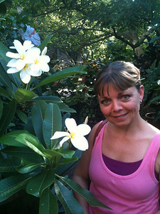 Laurie and frangipani in the Smithsonian Gardens
