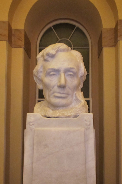 Lincoln's bust in the Capitol Crypt