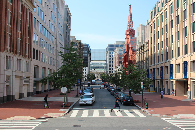 Looking north up 8th St NW toward Cavalry Baptist Church