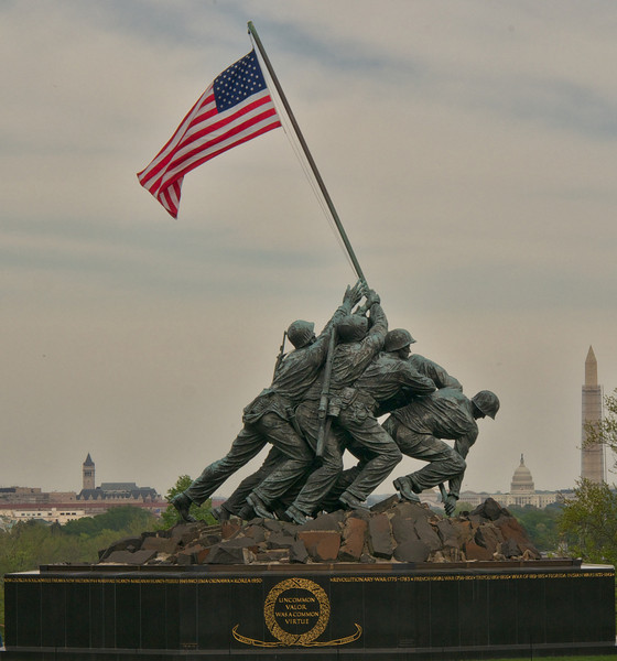 US Marine Corps Memorial aligned with US Capitol and Washington Monument
