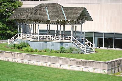 Sweet bandstand, Smithsonian.