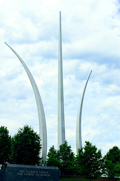 US Air Force Memorial - This is the newest of the service Memorials in the Washington DC metro area.  It sits on a small hill adjacent to Arlington National Cemetery and the Pentagon 9-11 Memorial.