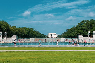 Lincoln Memorial and WWII Memorial
