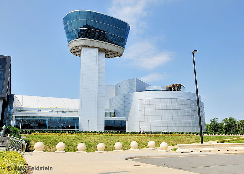 Smithsonian Air & Space Museum - Udvar-Hazzy Annex