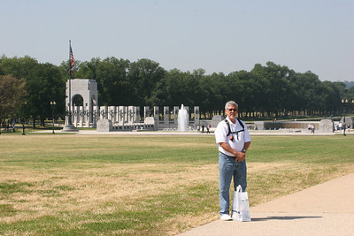 WWII Memorial (and Ed)