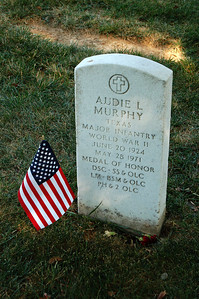 Audie Murphy Tombstone, most decorated WW II Vet