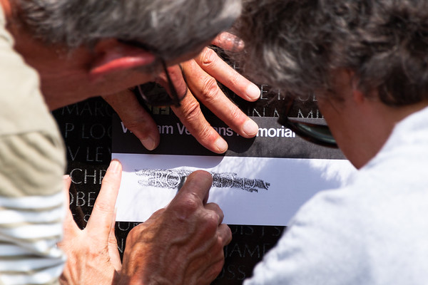 Vietnam Veterans Memorial Pencil Etching