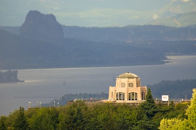 Crowne Point Vista House with the Columbia Gorge in the background