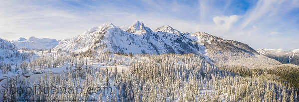 A panoramic image of Mt Baker in the North Cascade Mountains