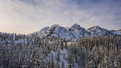 An image of Mt Baker in the North Cascade Mountains