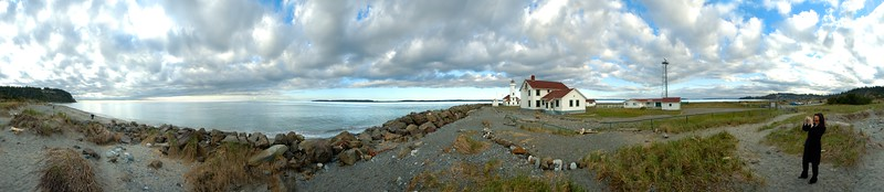 360° panorama of Point Wilson lighthouse in Port Townsend, Washington, USA The original image dimensions are 13734 × 2988 pixels. (41 megapixels)