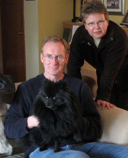 In late March-early April 2008, Bev and I went to Washington and Oregon. We spent the first few days with our friend Rhoda, who lives near Seattle, and her dog Bear. That's me holding Bear, with Rhoda behind me.