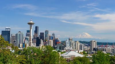 Seattle Skyline wth Mt. Rainier