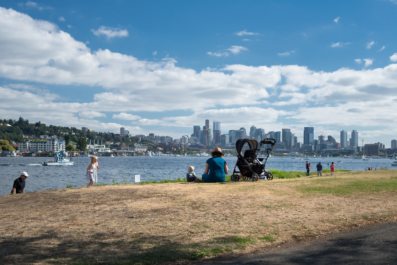 20160806.  Northern Lake Union from Gas Works Park, Fremont District, Seattle WA.