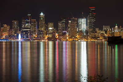 20160924.   View of downtown Seattle from Alki Trail along Elliott Bay, Seattle WA.