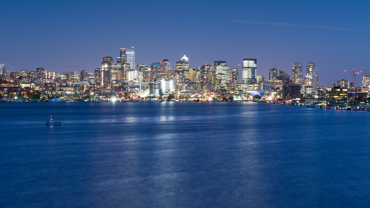 20160918. Southward view of downtown Seattle across Lake Union, from Gas Works Park, Seattle WA.