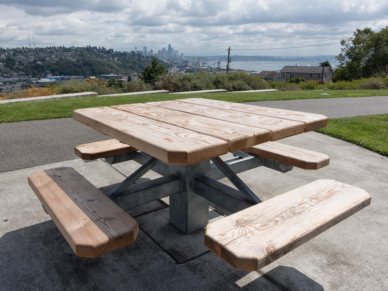 20140821.  Ella Bailey Park, Seattle WA.