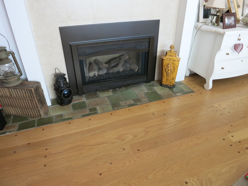 On Thursday, Heather, Casey, and I drove to Spokane. We had lunch in Coeur d'Alene (so Casey could add Idaho to her list of states) and then went to our old house. The pegged wood floor and green tiles were the same, but everything else was different.