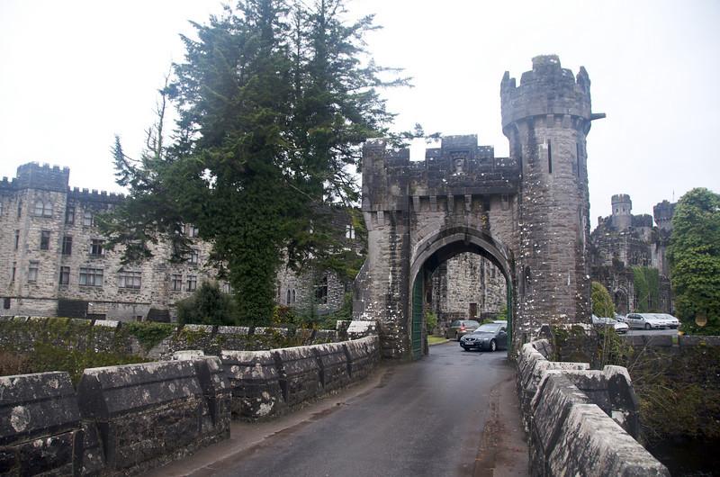 Entrance bridge.