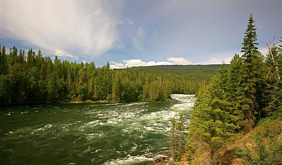 Clearwater River @ Wells Gray Provincial Park. British Columbia, Canada.