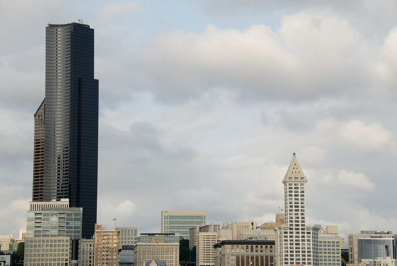 """<span id=""""title"""">Columbia and Smith</span> The tower on the left is Columbia Center. It has more floors (76) than any other building West of the Mississippi. It was the tallest building on the West coast when it was built (in 1985, now it's the US Bank building in LA). The building on the right is Smith Tower. It was built in 1914 and was the tallest building West of the Mississippi until 1931. (thanks Wikipedia)"""