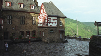 $12/night castle hostel in Germany's Rhine River valley