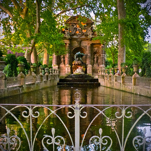 Jardins de Luxembourg, Paris Medici Fountain, Polyphemus surprising Acis and Galatea
