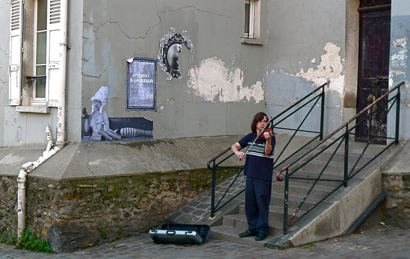 Paris: In Montmartre, a violin soloist finds a singular setting.