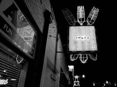 Memphis: Neon Sign, Blues City Café