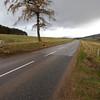 Saliendo de Dufftown a Glenlivet, otra destileria.