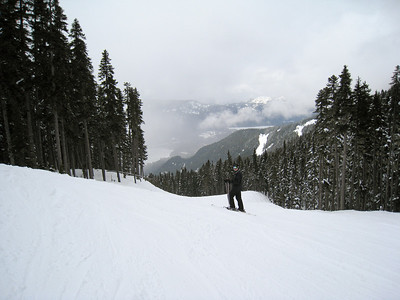 David Skiing to Creekside
