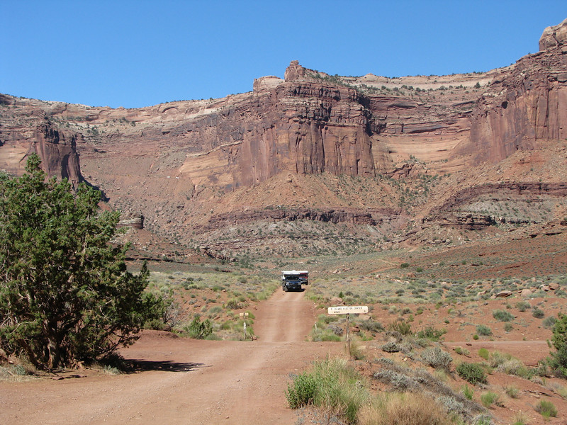 DJ and Bob approching the intersection of WRT and Shafer Trail.