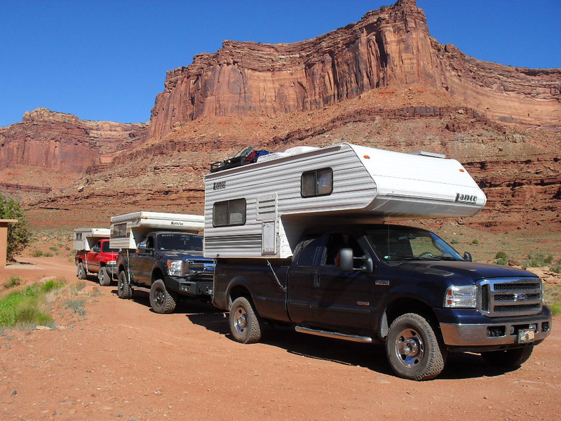 Strucks pic<br /> We're all at the intersection of Shafer Trail and White Rim Trail. After making some adjustment to our rig we continued on.