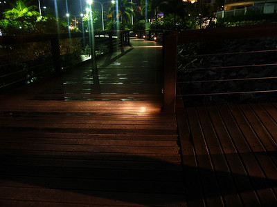 Bicentennial Walkway at Broadwater Avenue.