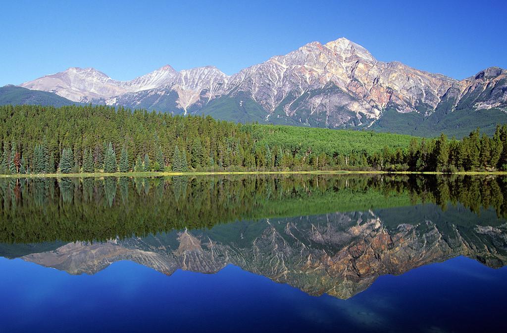 Pyramid Mtn & Patricia Lake