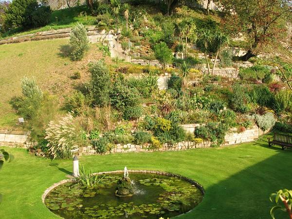 Queen's Windsor Garden