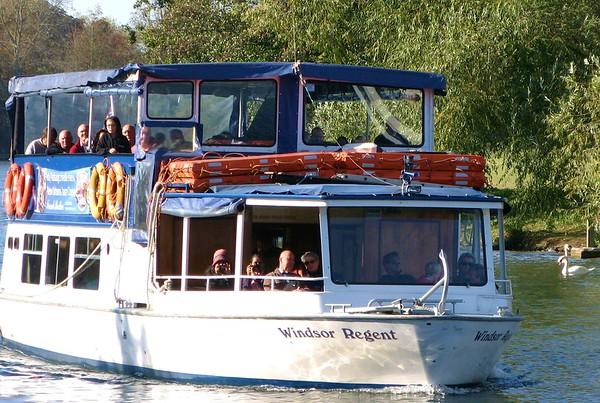 River Boat Cruiser