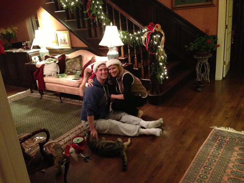 Innkeeper Nina and her helper elf Ray finishing the decorating.