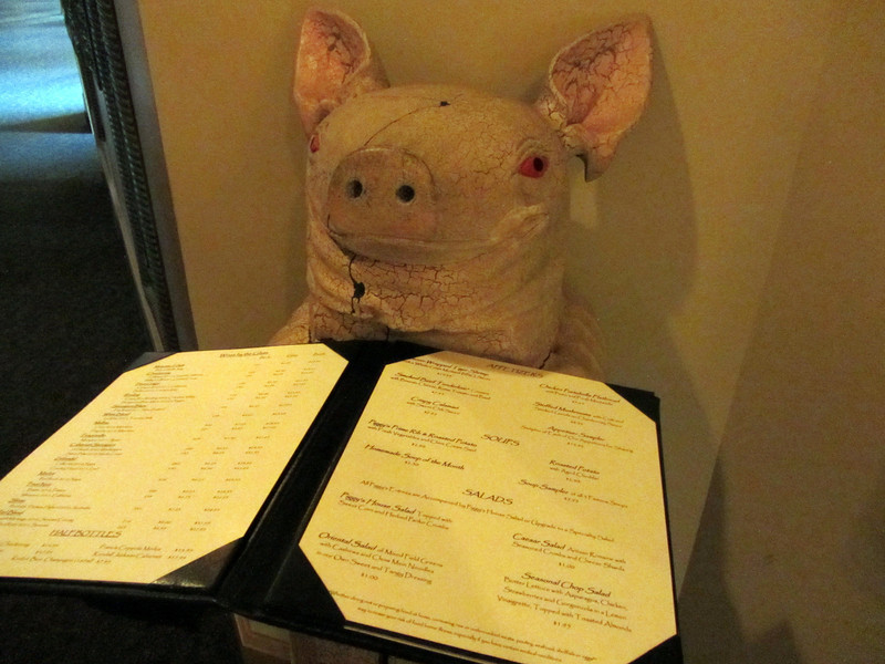 Yes, there's often a pig theme displayed in the restaurant - once a smokehouse they couldn't let go of the name.