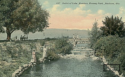 Yahara River before the Tenny Park Locks.